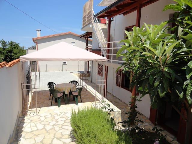 VILLA KORNATI A2 - Ždrelac - Apartemen