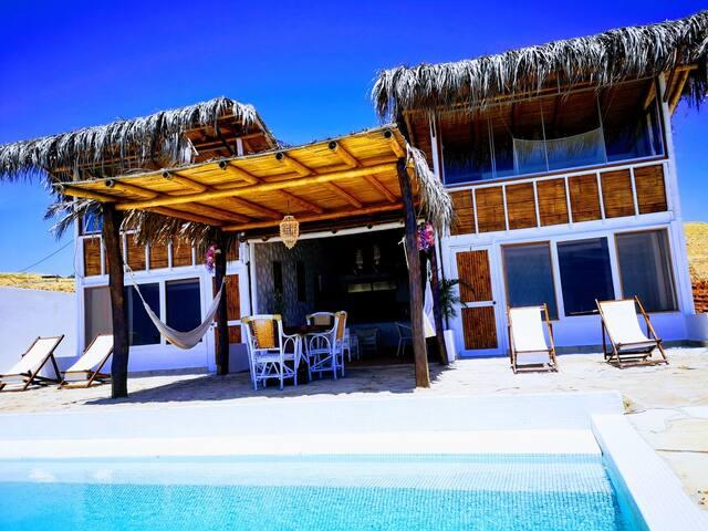 Hermosa casa de playa, con la mejor vista del balneareo Punta Veleros - Los Organos