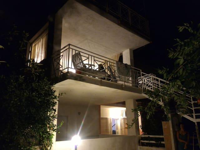 Amorevole villa sul Mar Tirreno - Torremezzo di Falconara, Calabria, IT - Huvila