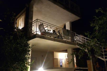 Amorevole villa sul Mar Tirreno - Torremezzo di Falconara, Calabria, IT - 별장/타운하우스