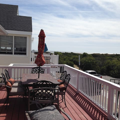 5-6br/3ba Beach cottage with awesome ocean views - Brigantine - Casa