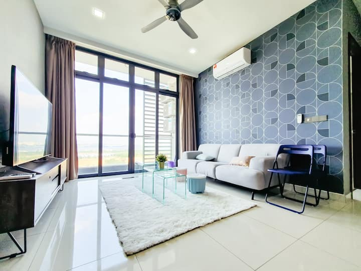 Green Haven 2BR Suites+WiFi+SeaView [TG]
