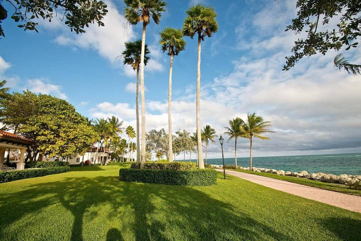 3BR Oceanview Villa on Gorgeous Fisher Island
