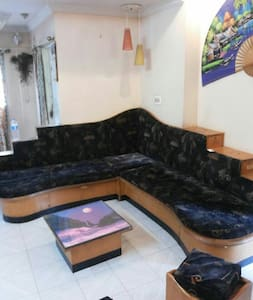 Cozy 2 bhk apartment with terrace - Nashik - Apartment