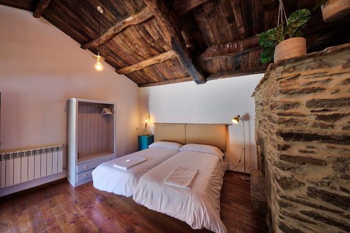 Casa Rural Piñeiro - Hab. Piedrafita do Cebreiro