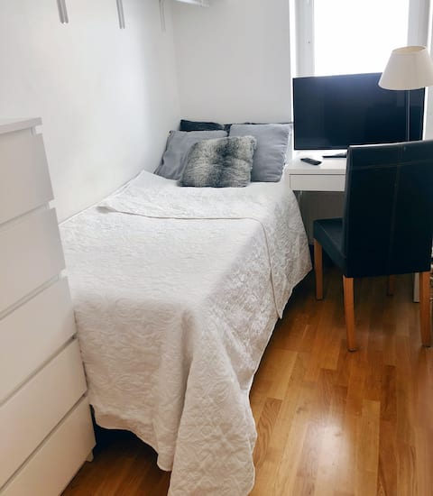 Single Room in Kungsholmen near the beach