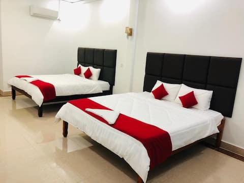 Phnom Penh Airport area - quiet/comfortable 2 beds