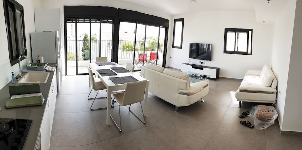 Stunning, brand new 1-bed apt in the Old North