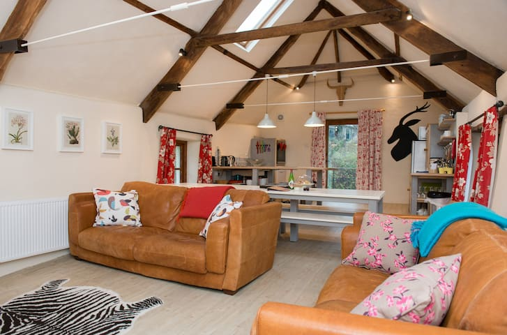 Beautiful Dartmoor Barn Conversion - Devon - Rumah