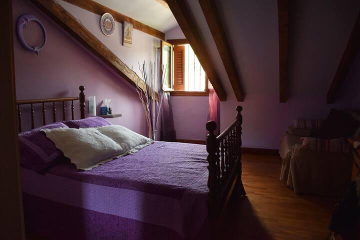 Habitación rústica y acogedora - San Sebastian