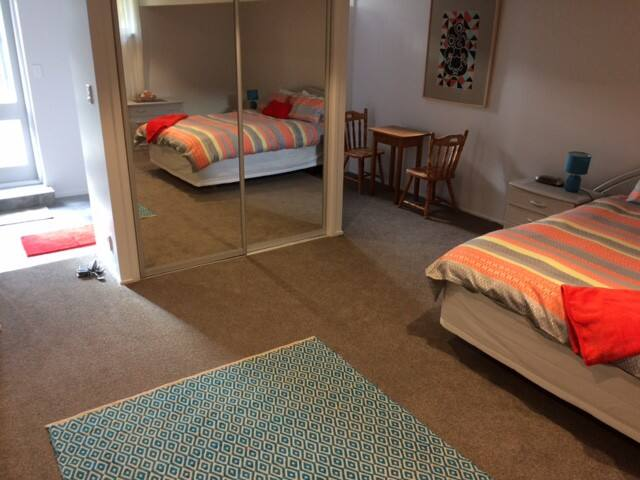 Studio Room + Wifi + Ensuite with Own Access - Auckland - Apartament