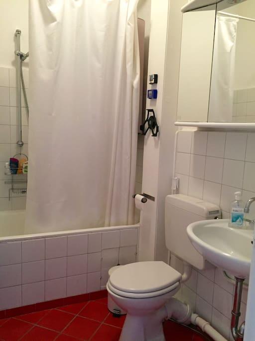 Badezimmer; bathroom