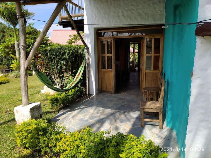 En Quimbaya justo frente a Panaca suite muy linda