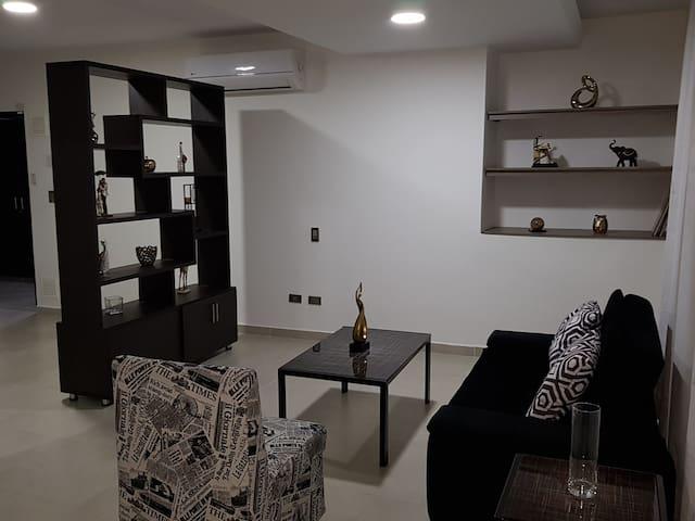 503 Moderno Aparta-Suite en Versalles Tipo Loft