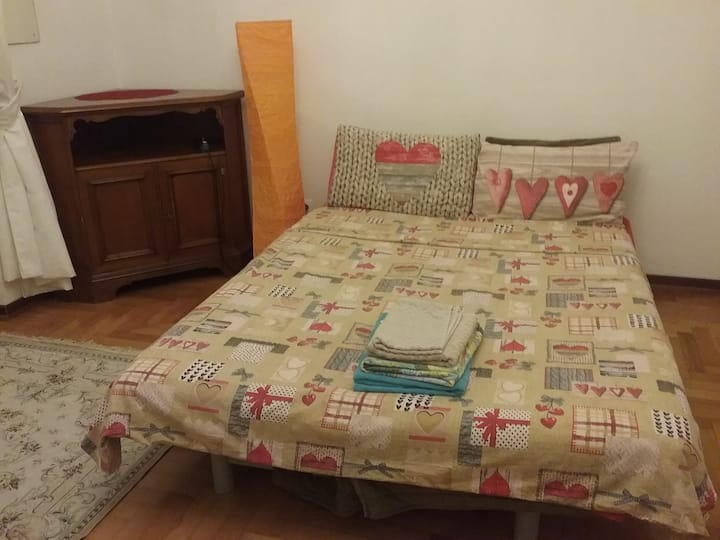 Room near the city center