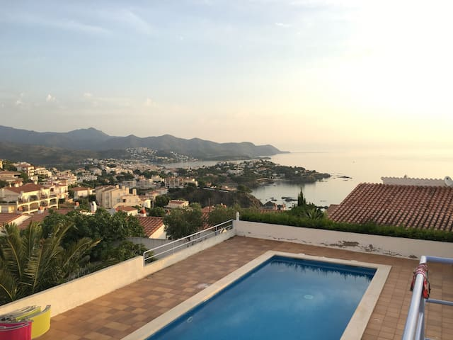 Villa 12 personnes vue sur mer avec Piscine - Llançà - Villa