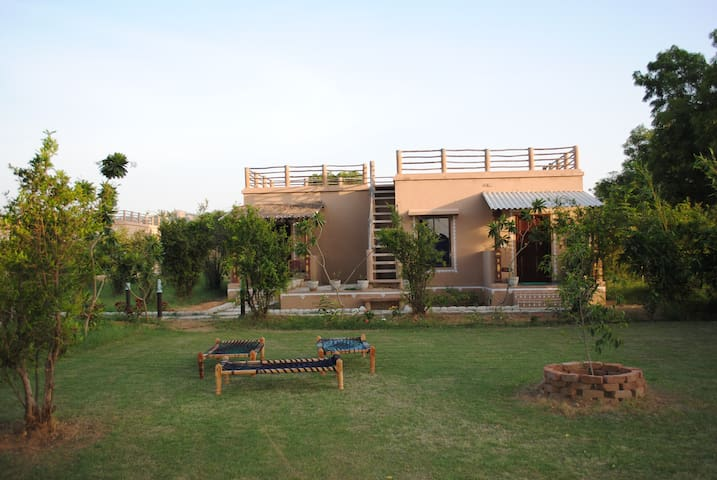 Araavali Trails, Palanpur (Deluxe Room)
