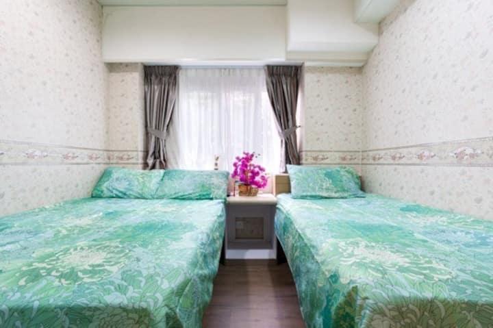 Triple Room in Kowloon [B1]