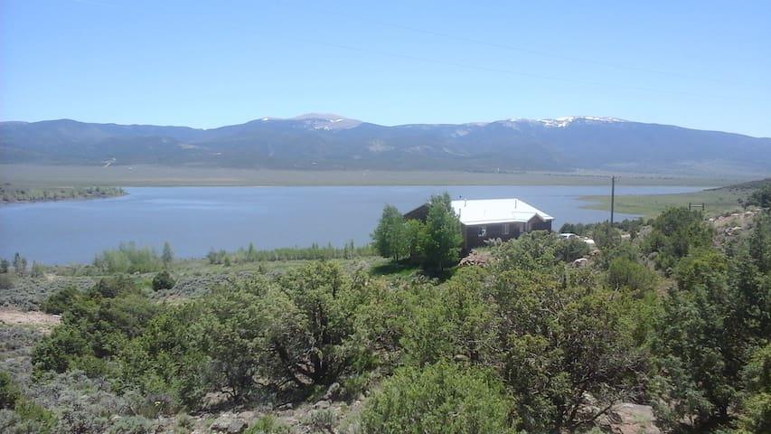Dolomites Ranch Lake House
