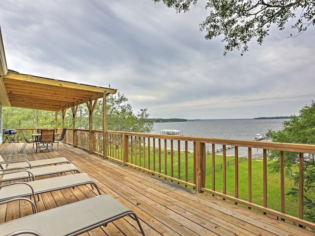 Waterfront 3BR Lillian Home- Pool & Hot Tub Access
