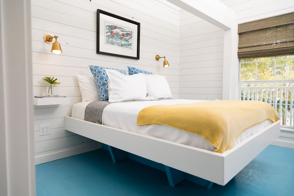 NEW!  The Petite Polo is a private suite at Little Point Clear