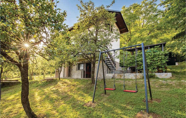 Holiday cottage with 3 bedrooms on 135 m² in Ogulin