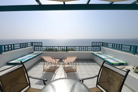 AgiaFotiaBeach Maisonette Apartment