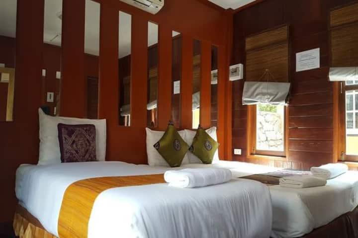 B4 : Basic Room 3 Prachuap Garden View resort