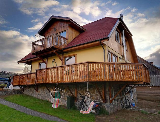 Mountain Cabin with amazing view - Fundata - Apartemen