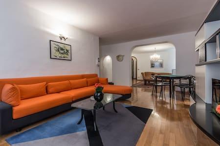 Bernini's place - Town Centre Apartment for 4 - San Quirico d'Orcia