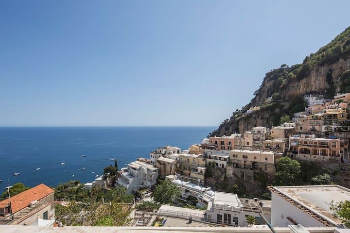 Positano Center, Terrace overlooking the sea