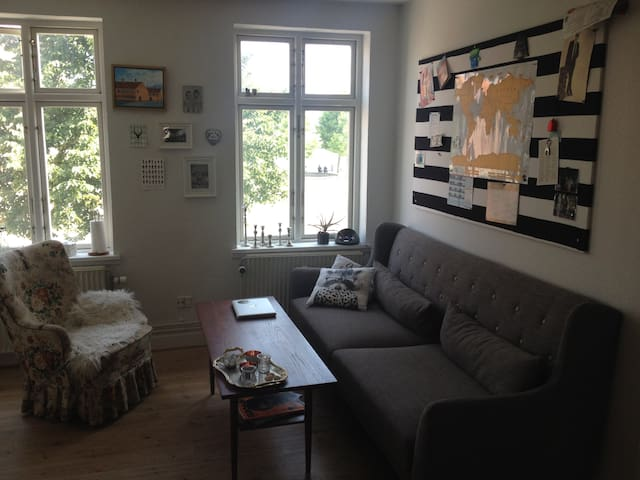 Lovely & Central Apartment With Harbour View - Svendborg - Lejlighed