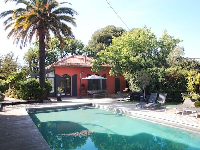 Villa Toulon (Cap Brun) piscine proche plages - Tolón - Casa