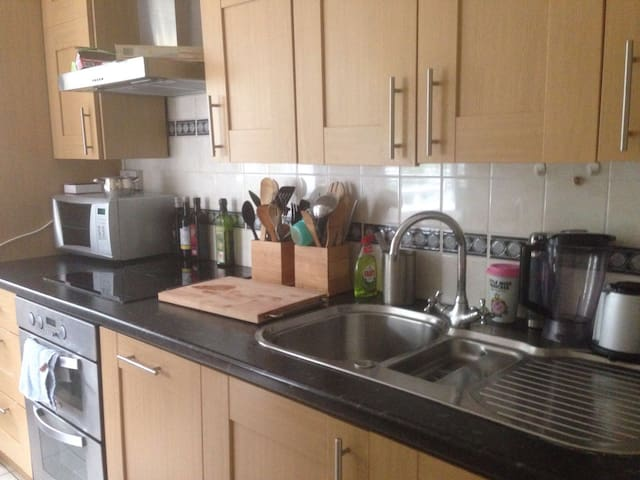 Nice cosy clean flat with good location
