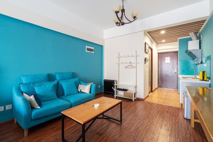 近同德广场看夜景的美式大床房如意小屋2722