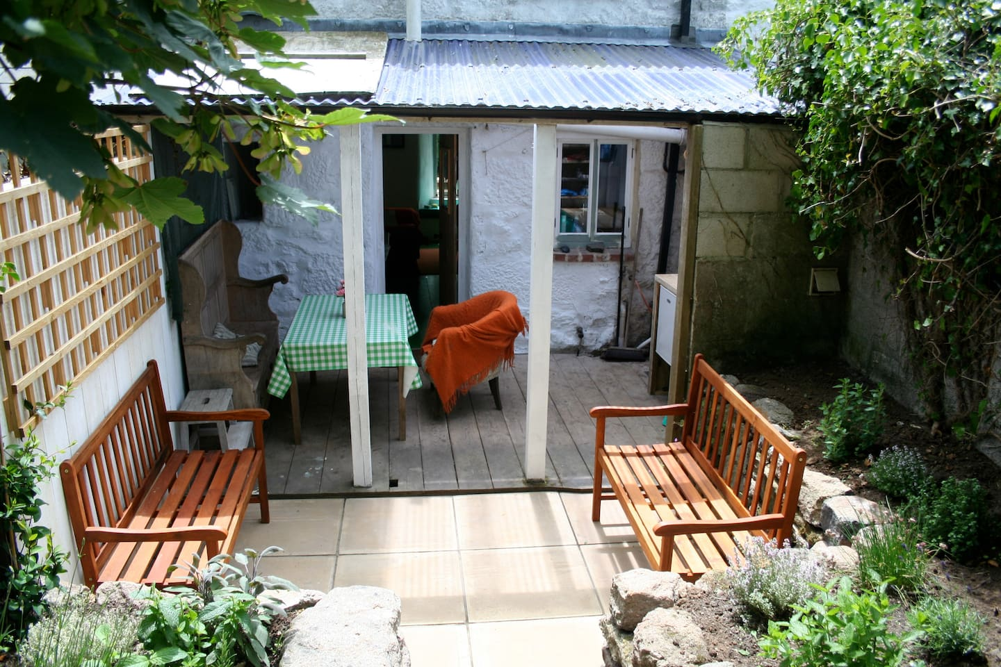 8205 cornwall - Miners Cottage In Sheltered Valley In Saint Just England United Kingdom