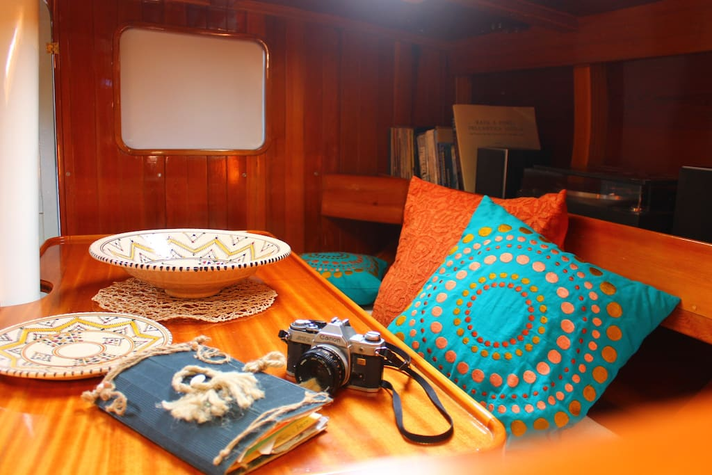 the saloon is the heart of every boat. we reserve the saloon to our guests.