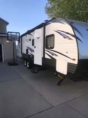 Summer rentals Tow and Go travel trailer