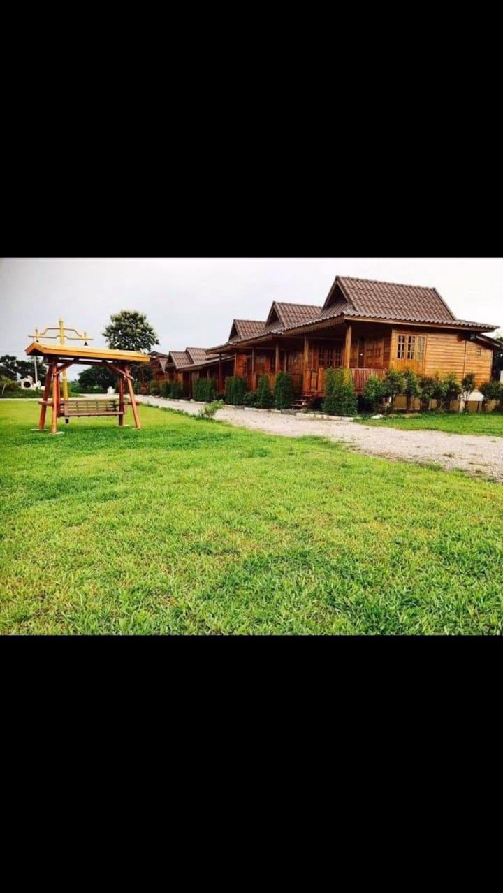 Cozy little wood home in Chiangrai,Imsuk-2