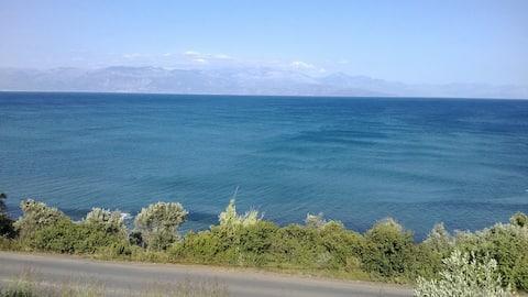 Iliadis Private Vacation Homes  -Sea view