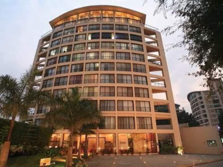 Luxurious 2BHK Apartment next to Inamdar Hospital