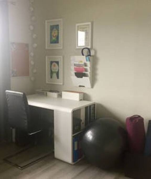 Working area in the bedroom, if you need to get those e-mails checked, or plan your future travelling. Also a yoga ball, yoga mat and yoga bolster, for your daily yoga routine.