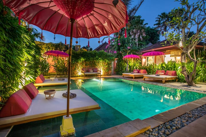 PinkPrivate Sanur - Adults Only (Room 3)