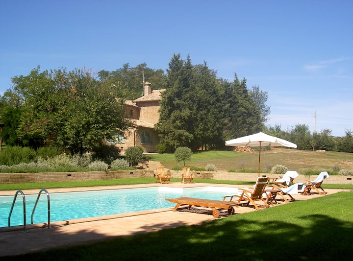 Il Casale di Claudia - 8 guests, pool & park