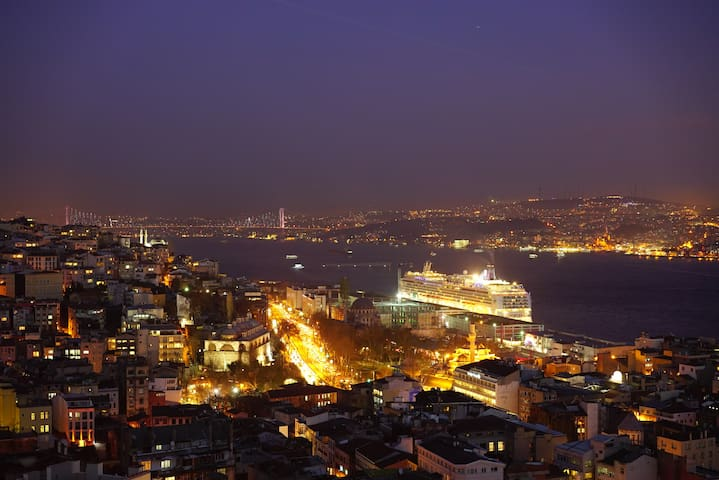 Large Apartment Cihangir Taksim Galata Istanbul