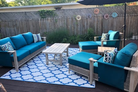 Art Style Rehoboth escape perfect for year round