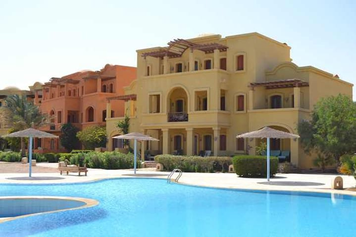 Quiet Penthouse with A View - Hurghada - Flat