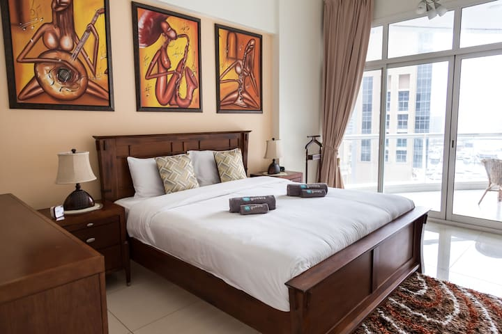 Water views from deluxe apartment in Dubai Marina