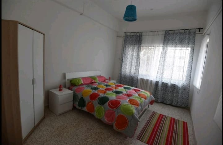 Double bed room in Rainbow St.