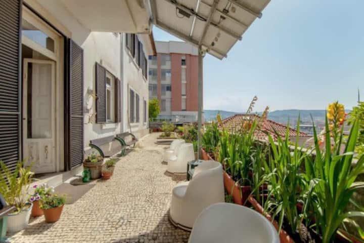 Coimbra Erasmus House - Guest House